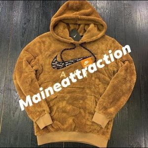 Brown Nike pullover PRICE IS FIRM!